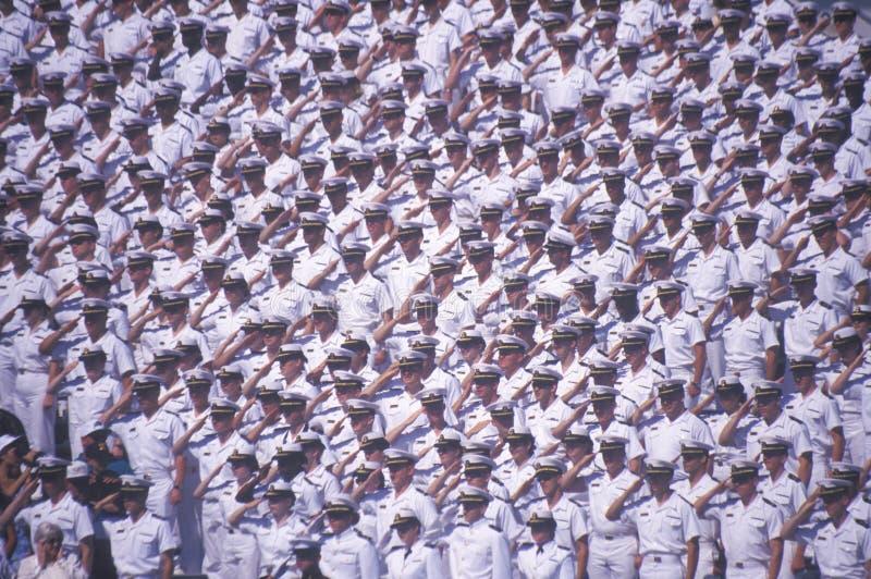 向致敬的水手,海军学院毕业典礼, 1999年5月26日,安纳波利斯,马里兰 库存图片
