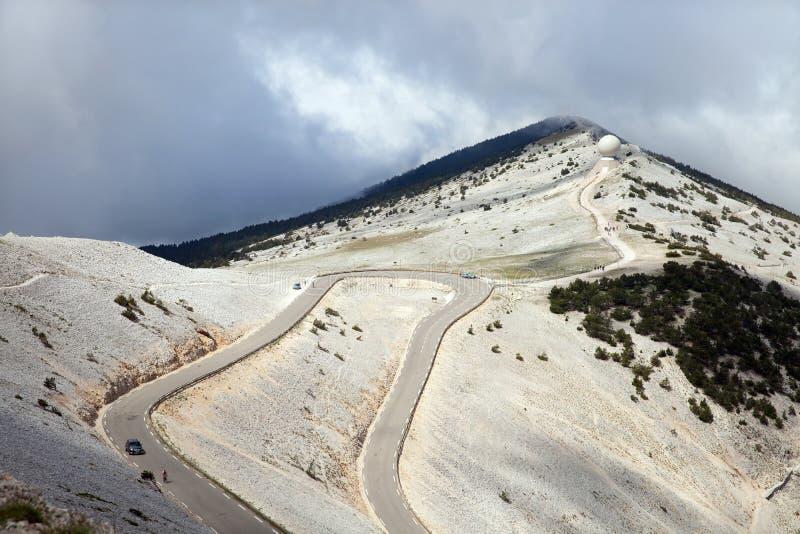 向Mont Ventoux峰顶的路  库存照片
