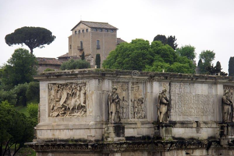 君士坦丁凯旋门罗马论坛意大利帕勒泰恩小山 库存图片