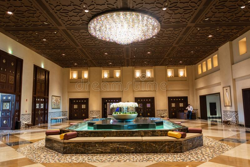 君悦酒店旅馆大厅在多哈 免版税图库摄影