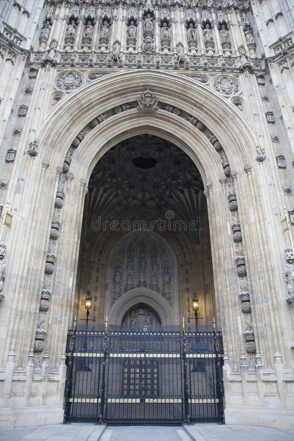 君主入,议会议院;威斯敏斯特;伦敦 库存照片