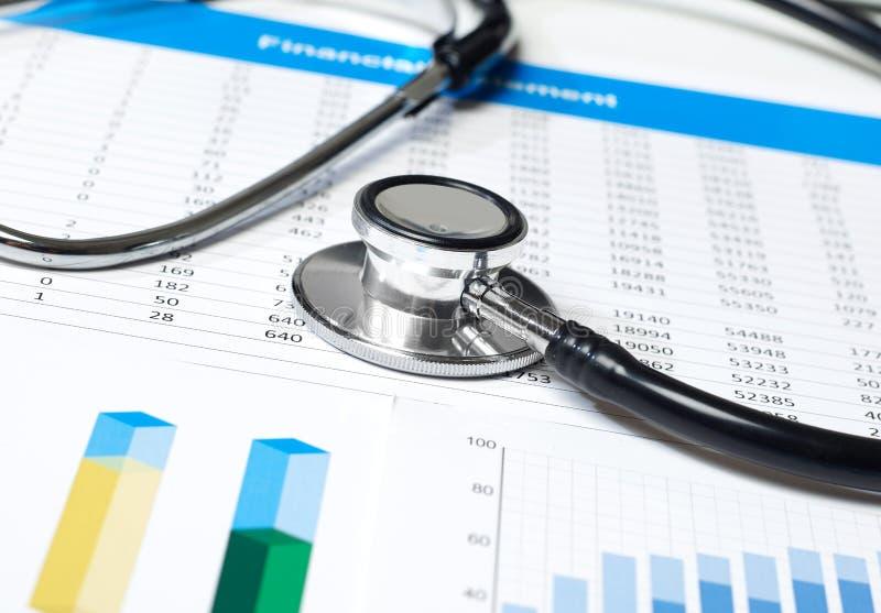 听诊器和评论 免版税库存图片