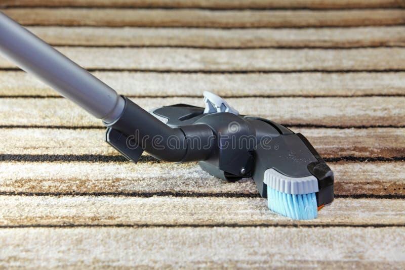 吸尘器-清洗房子 免版税图库摄影