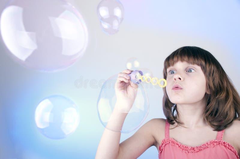Download 吹的肥皂泡 库存图片. 图片 包括有 相当, 子项, beautifuler, 嬉戏, 工作室, 童年, 作用 - 30326027