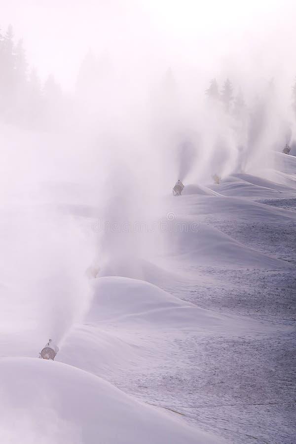 吹风机雪 库存图片