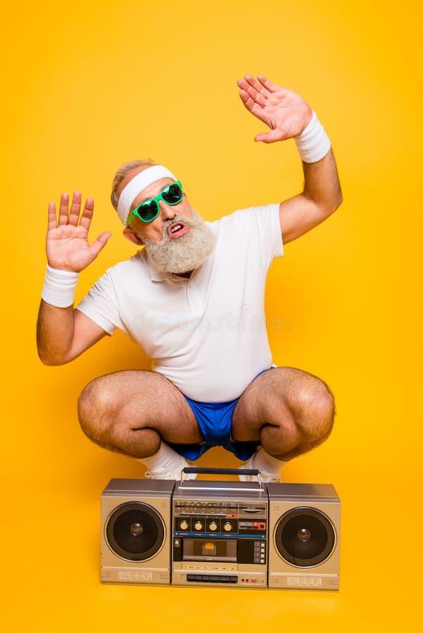 呀bro!什么` s ?快乐的激动的年迈的滑稽的性感的匪徒c 图库摄影