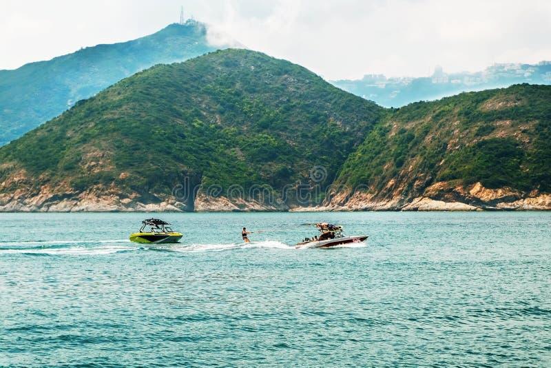 周末或假期活跃休闲 水面体育 海景,风景 E 图库摄影