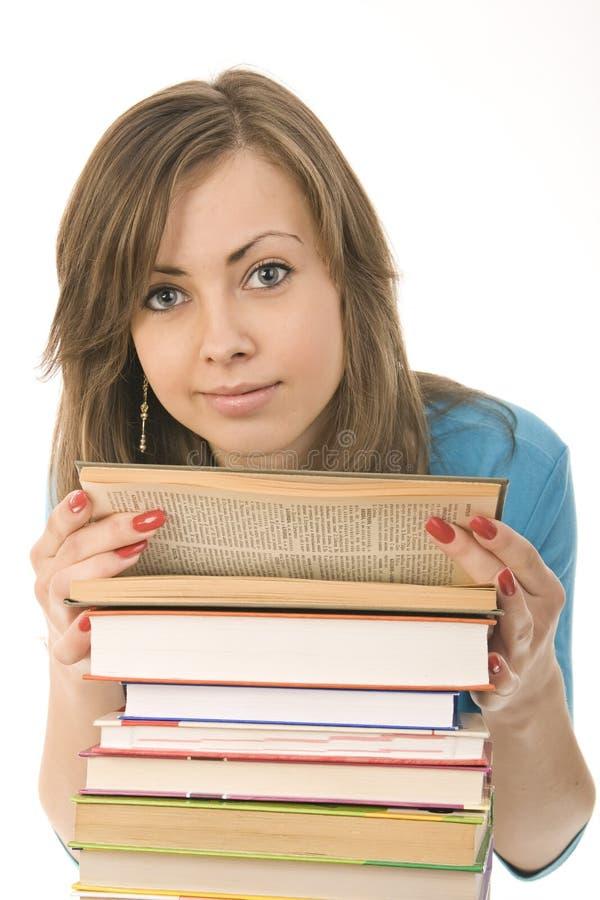 周道美好的书女孩读取 免版税库存图片