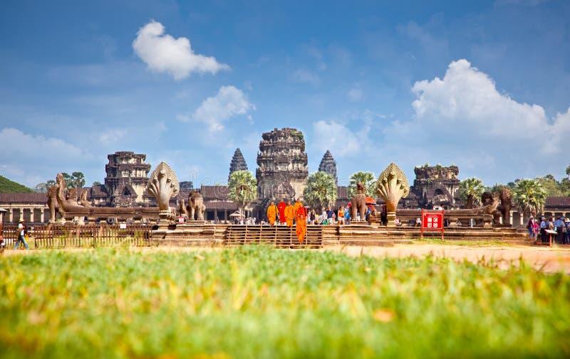 和尚在吴哥窟,柬埔寨 库存图片