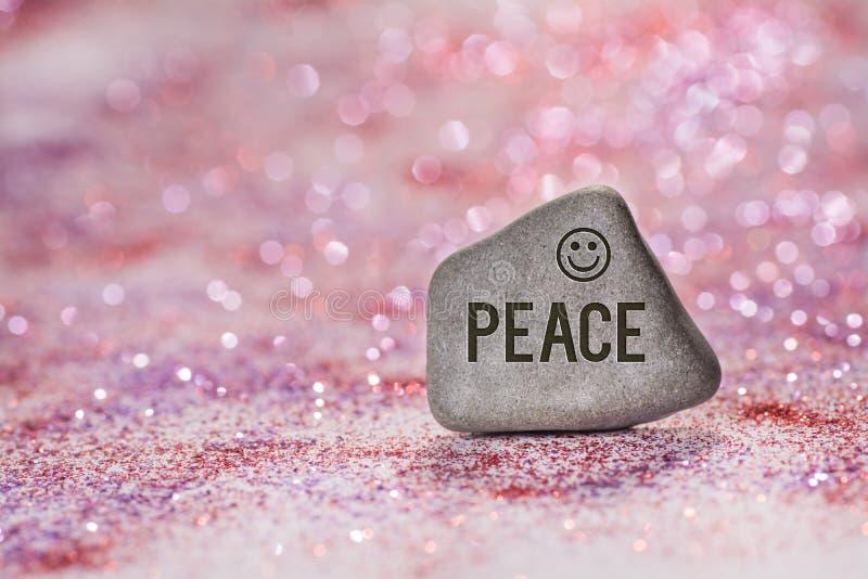 和平在石头刻记 免版税库存照片
