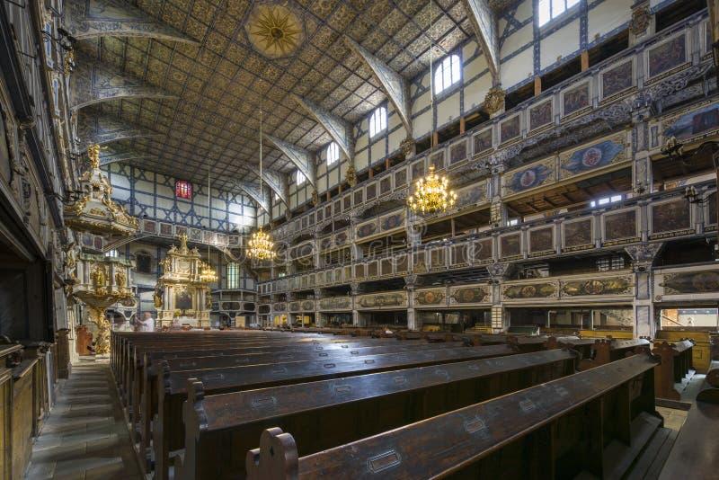 和平教会内部在亚沃尔,波兰 免版税库存图片