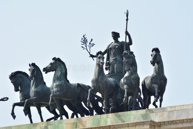 和平雕象曲拱  免版税库存照片