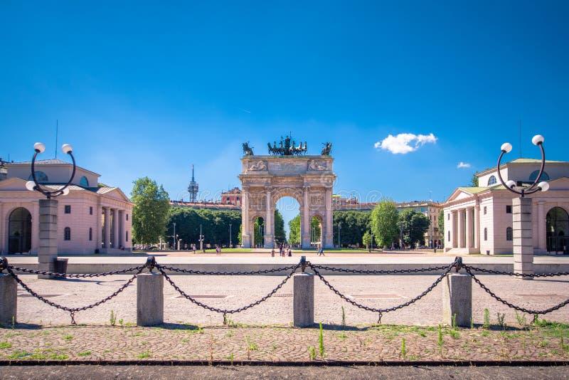 和平Arco della步幅曲拱在Sempione公园,米兰,意大利 库存图片
