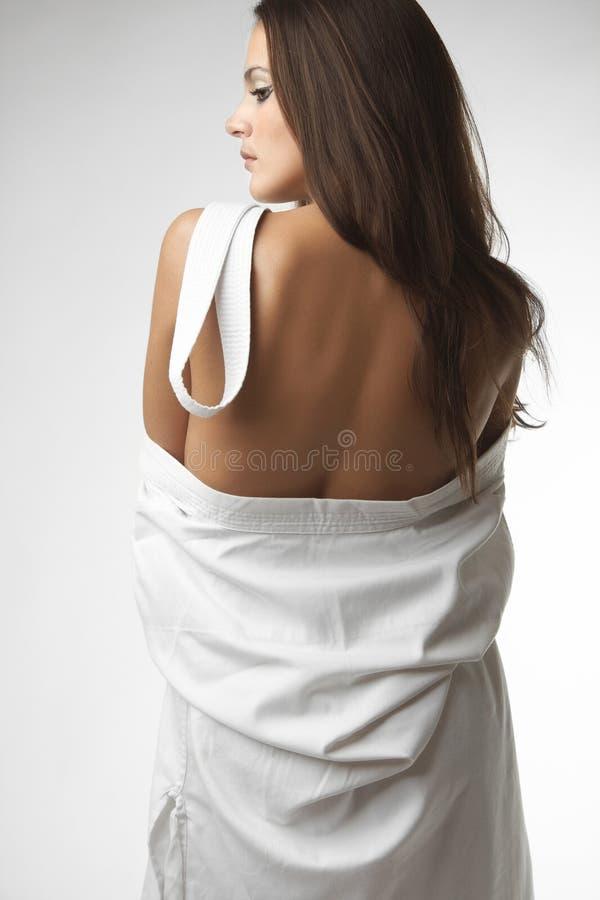 和服的可爱的年轻性感的妇女 图库摄影