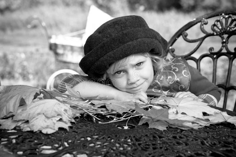 Download 和谐 库存照片. 图片 包括有 叶子, 幸福, beautifuler, 健康, 逗人喜爱, 帽子, 和谐 - 22355682