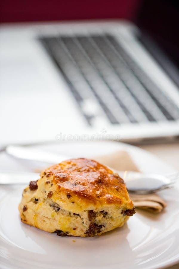 咖啡休息的面包 免版税库存图片