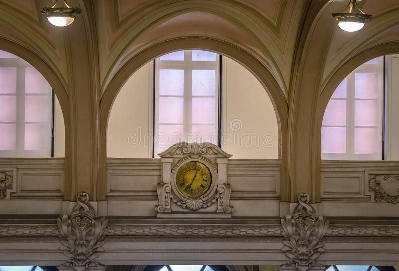咖啡博物馆Museu老时钟做前咖啡修造Bolsa的联交所做咖啡馆-桑托斯的咖啡馆,圣保罗,巴西 免版税库存图片