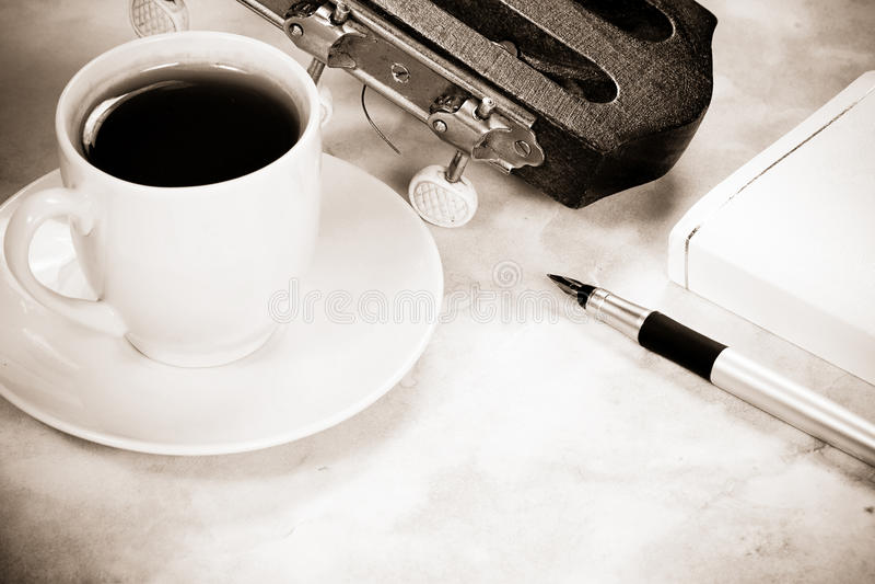咖啡吉他 库存图片