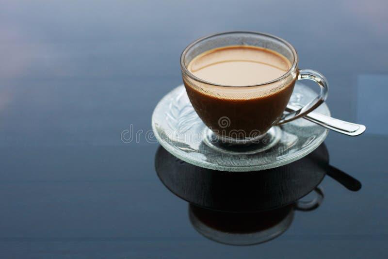 咖啡在桌上的样式的 免版税库存图片