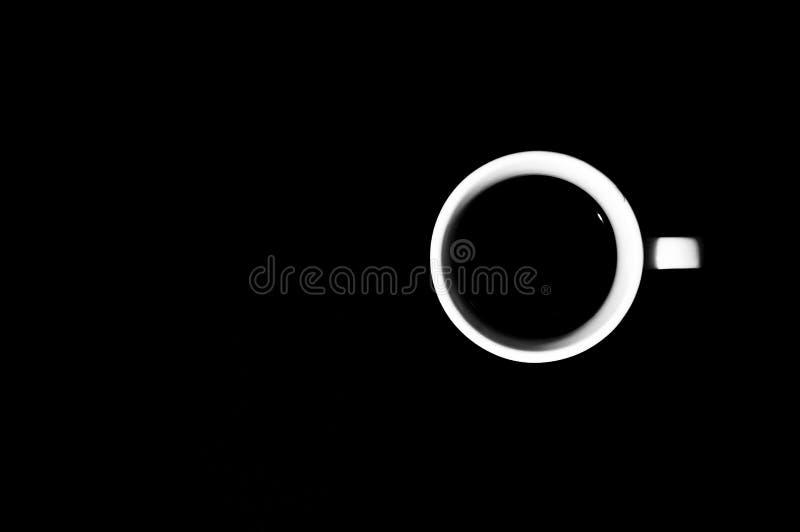Download 咖啡在黑色背景的 库存图片. 图片 包括有 意大利语, 食物, 制动手, 黑暗, 特写镜头, browne - 62527457