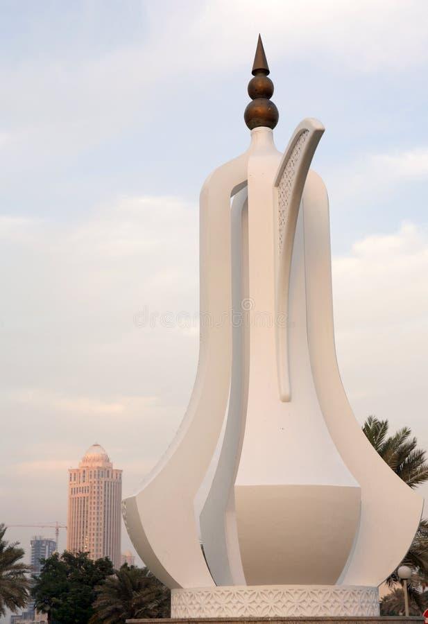 咖啡多哈纪念碑罐卡塔尔 库存图片