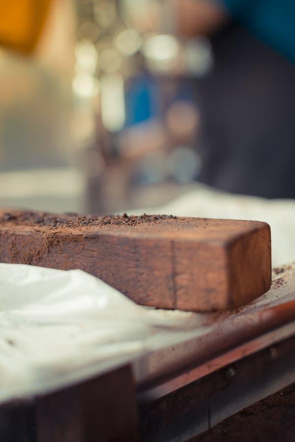 咖啡敲的木头 免版税库存图片