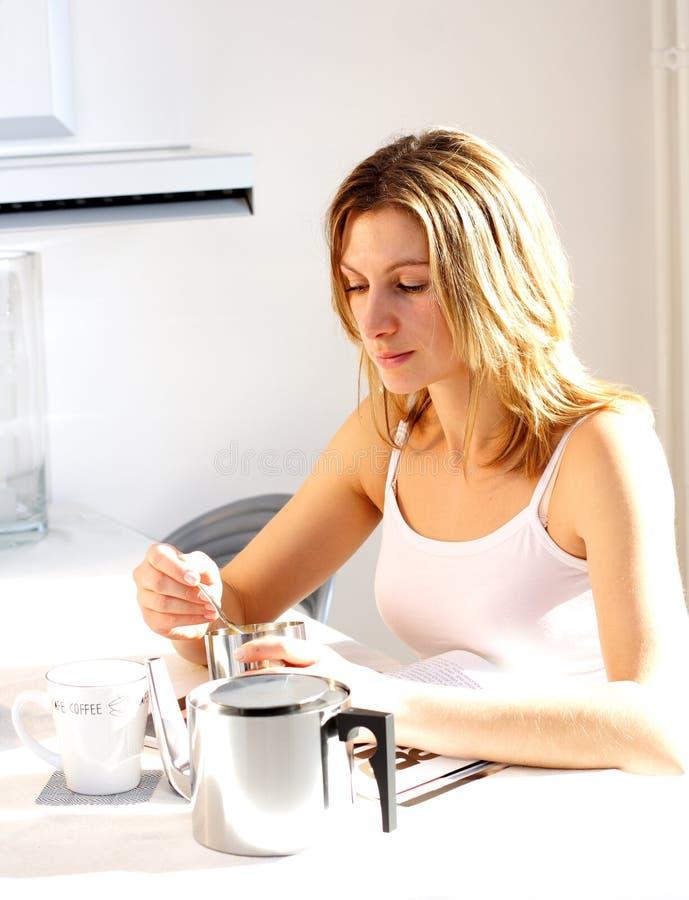 咖啡早晨 免版税库存图片