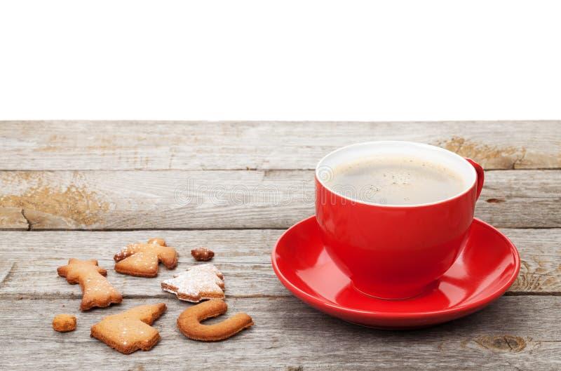咖啡杯和姜饼曲奇饼 库存图片