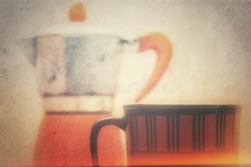 咖啡杯和水壶 图库摄影