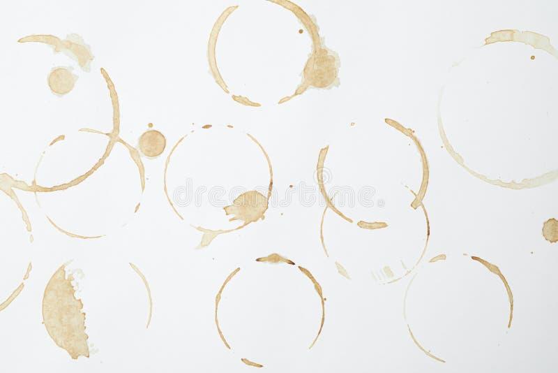 咖啡杯在白色背景,顶视图敲响 库存照片