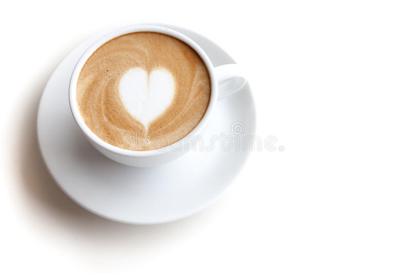 咖啡杯拿铁艺术在被隔绝的白色背景的心脏形状 库存图片