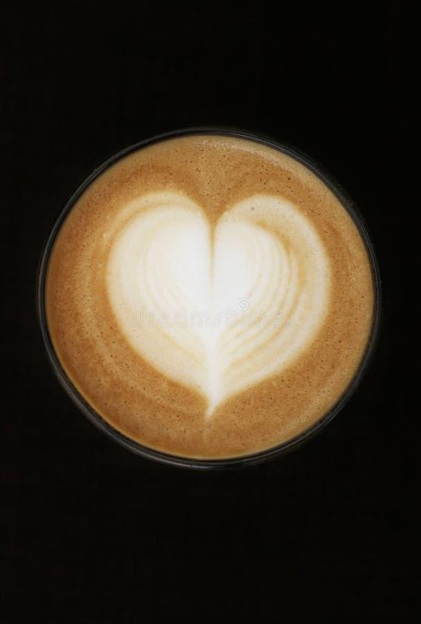 咖啡杯重点牛奶形状 免版税库存图片