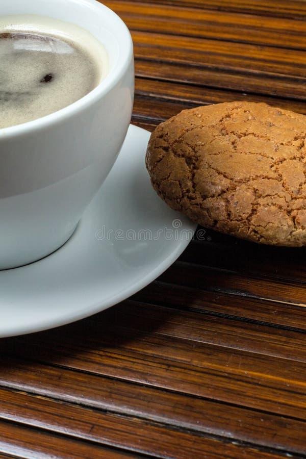 咖啡用杏仁饼 免版税图库摄影