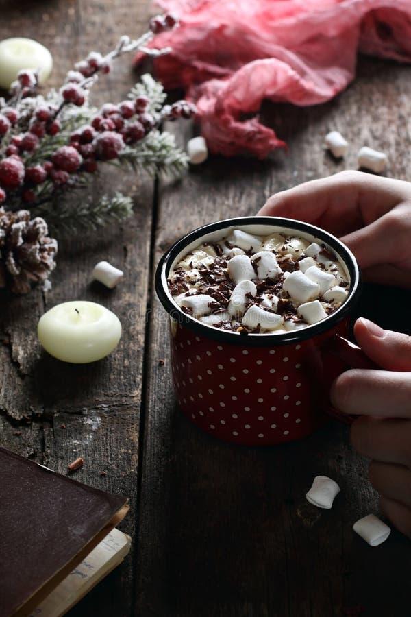咖啡用蛋白软糖和巧克力 免版税库存图片