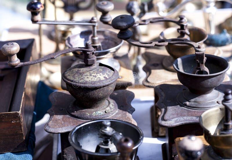 咖啡的手研磨机 免版税库存照片