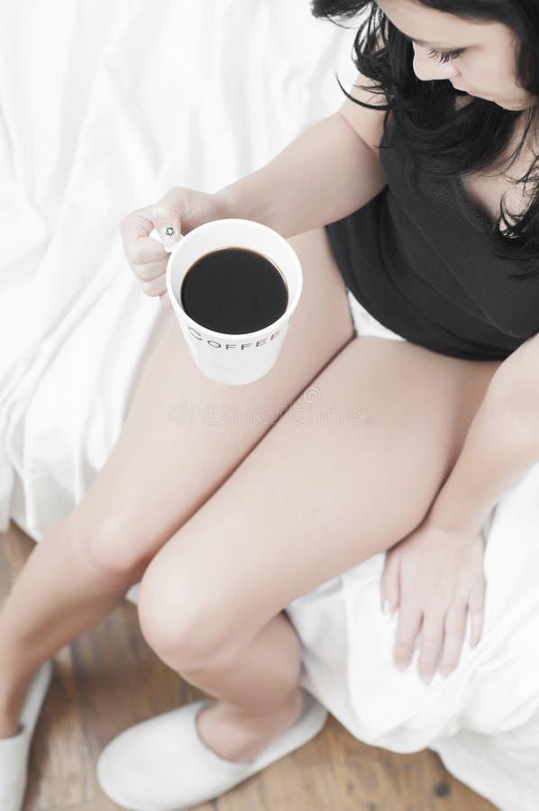 咖啡饮用的忧郁症患者 库存图片