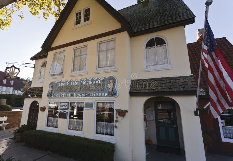 咖啡馆加利福尼亚一点美人鱼solvang 免版税图库摄影