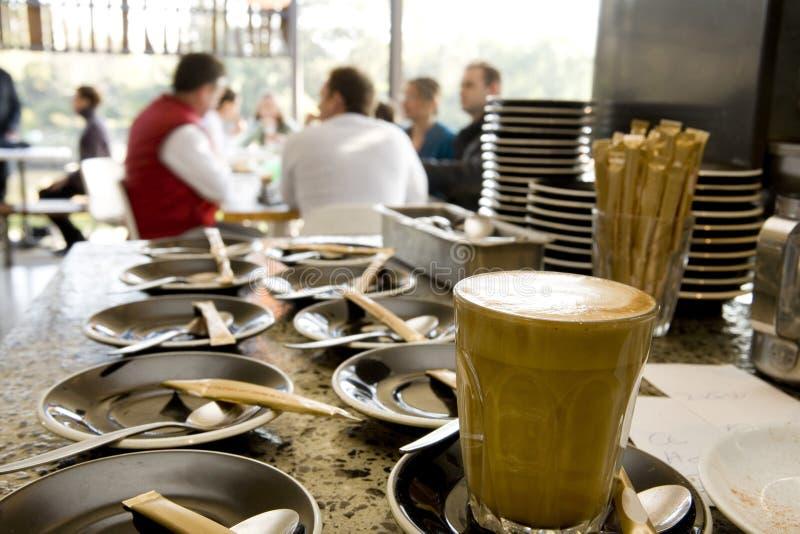 咖啡馆咖啡杯茶碟 免版税图库摄影