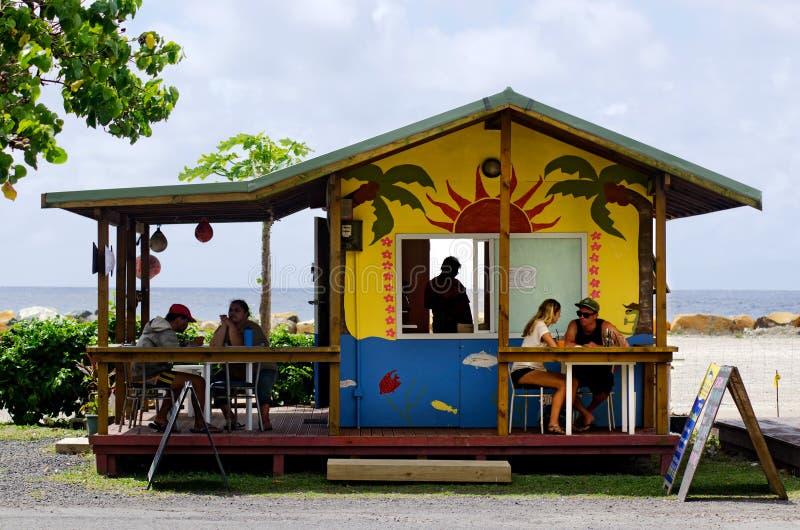 咖啡馆商店在拉罗通加库克群岛 免版税库存照片
