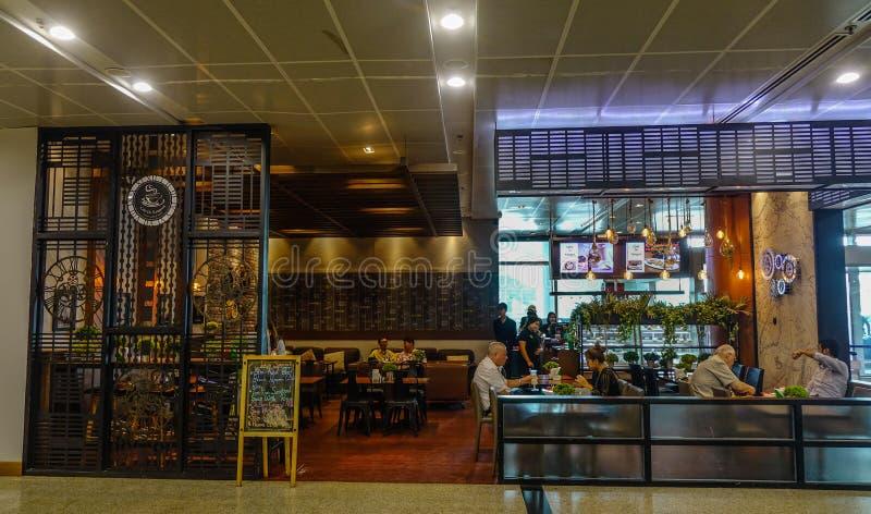 咖啡馆在仰光机场 免版税库存图片