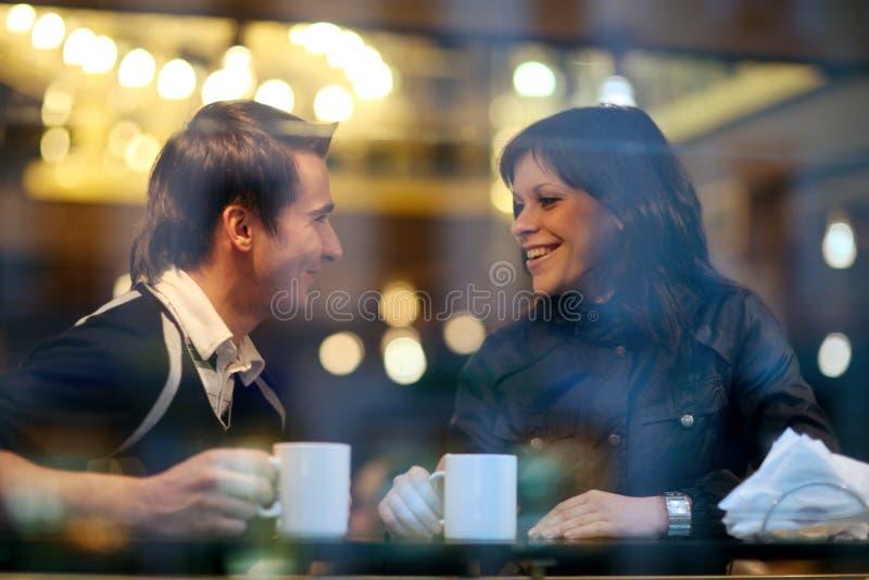 咖啡馆夫妇 库存图片