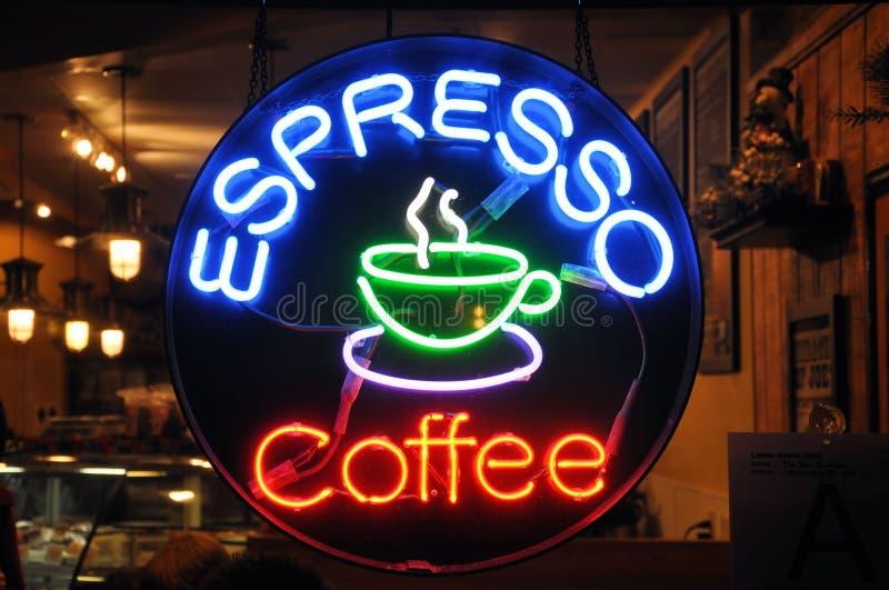 咖啡馆霓虹灯广告 库存照片