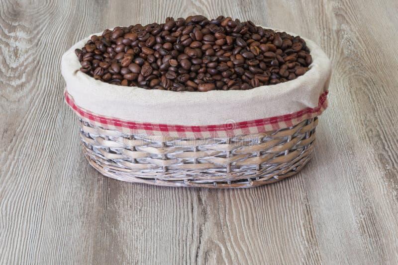 咖啡,新鲜的芳香咖啡豆 库存照片