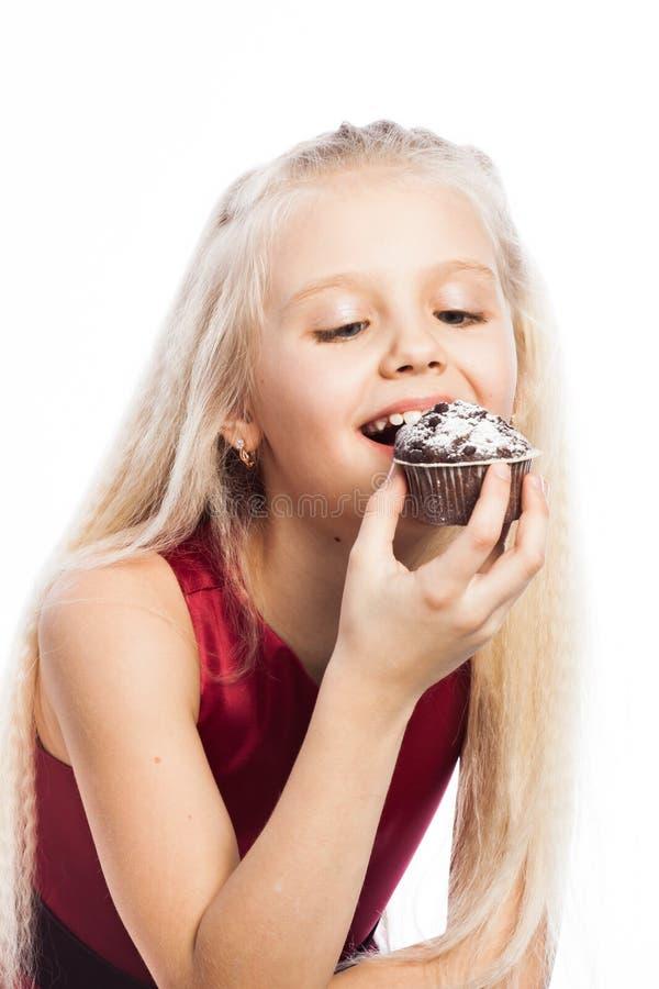 Download 咬住巧克力蛋糕的女孩 库存照片. 图片 包括有 滑稽, 乐趣, 新鲜, 子项, 逗人喜爱, 喜悦, 孩子 - 30327716