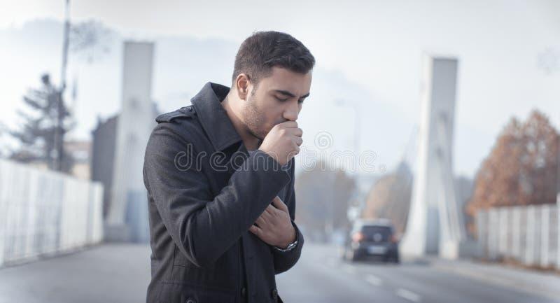 咳嗽人 库存照片