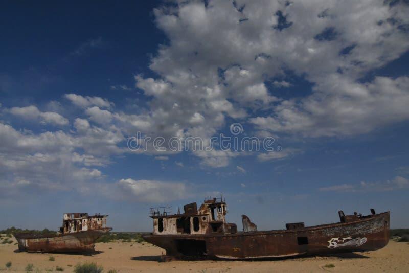 咸海渔船 库存照片