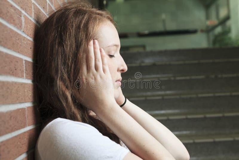 哀伤的孤独的学生 免版税库存图片