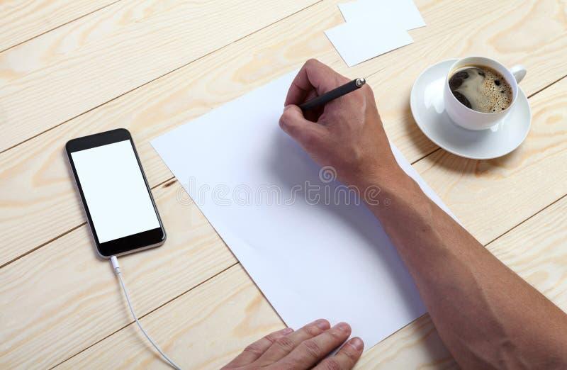 Download 品牌身份 库存图片. 图片 包括有 微粒, 格式, 咖啡, 移动电话, 原始, 生态, 信头, 嘲笑, 文件 - 62527333