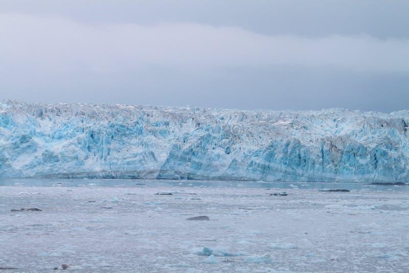 哈伯德冰川s的一个美好的部分 库存照片