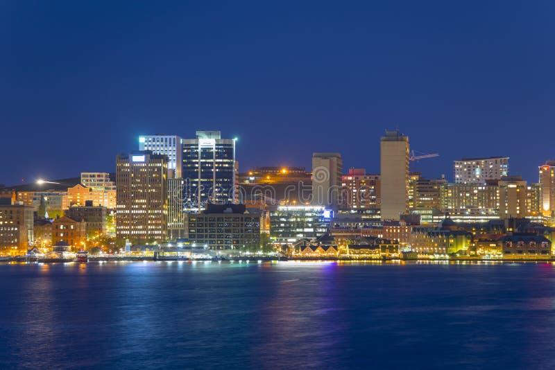 哈利法克斯市地平线在晚上,新斯科舍,加拿大 库存照片